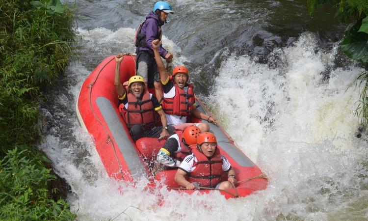 Arung Jeram Sungai Citarum Bandung