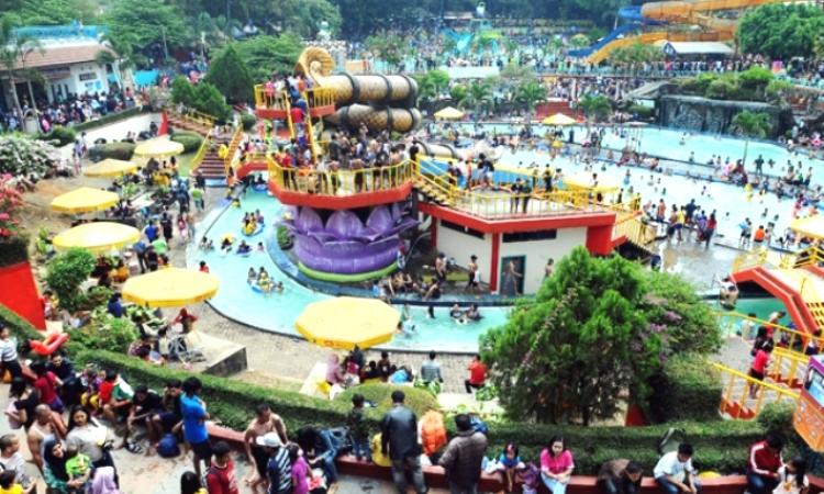 Kolam Renang Karang Setra Bandung