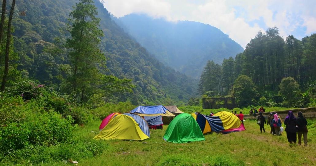 Wisata di Gunung Malabar
