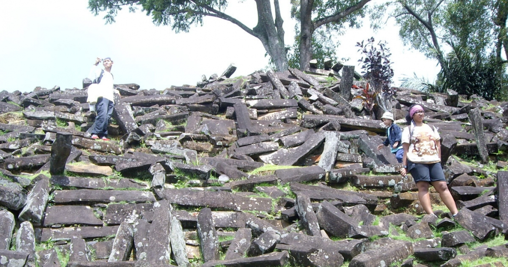 Gunung Padang Lembah Cimeta Citarum bandung
