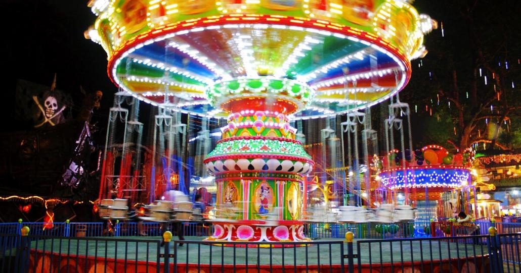 wahana bermain di bandung carnival land
