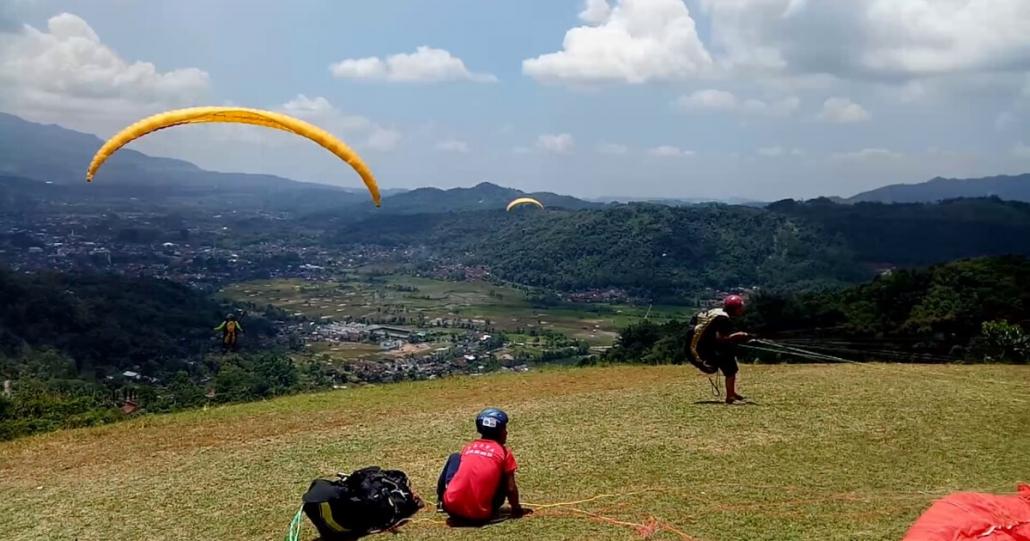 Paralayang Bukit Toga