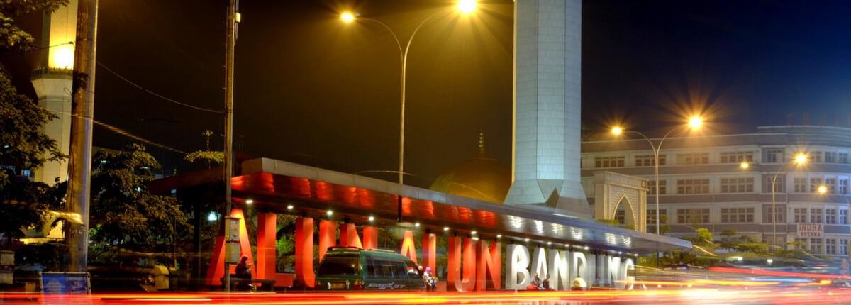 Tempat nongkrong Alun-Alun Bandung
