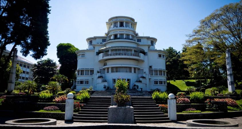 Villa Isola Bandung