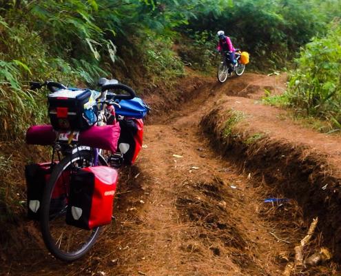 Wisata Oray Tapa Bandung