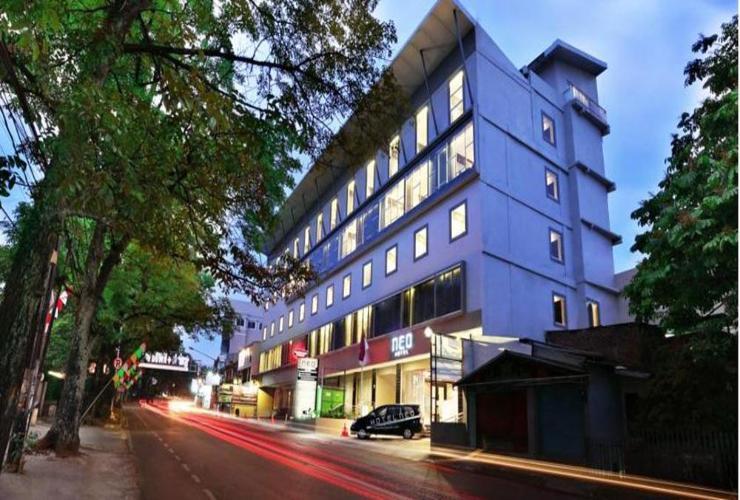 Hotel di Dago Bandung Neo Dipatiukur Bandung